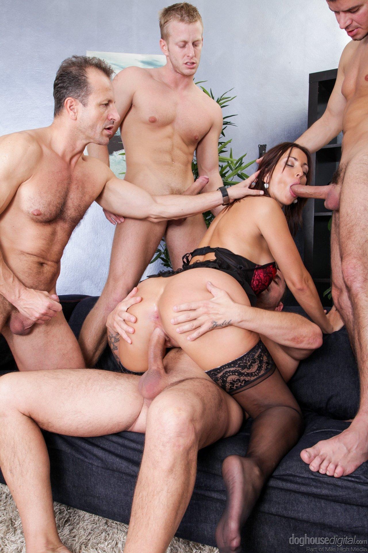 Ганг банг, групповой секс - pornolaik.com