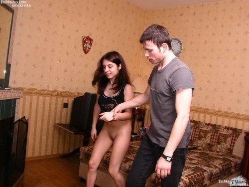 Русское лишение девственности втроем